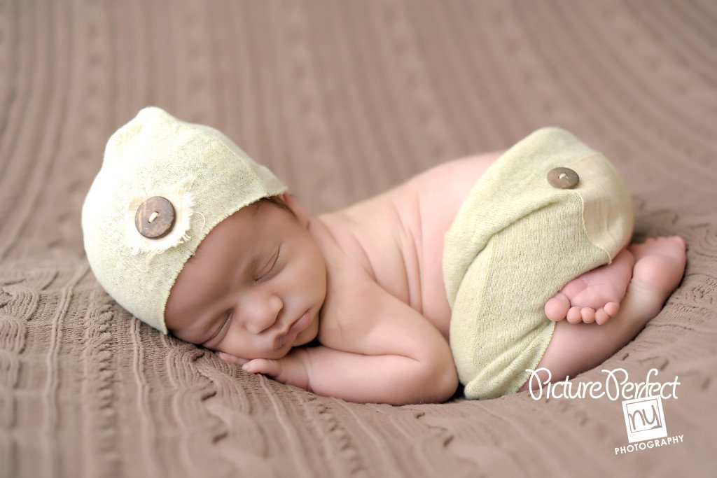 Fall Baby | Brooklyn Newborn Photography