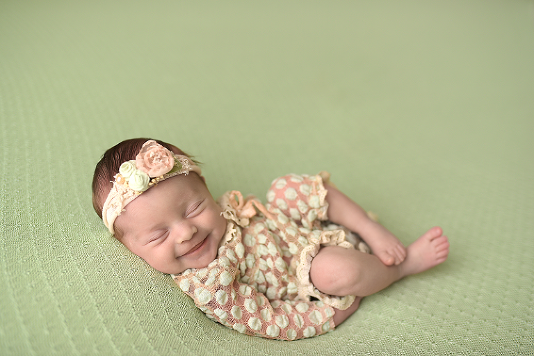 nyc newborn smile photographer picture perfect ny