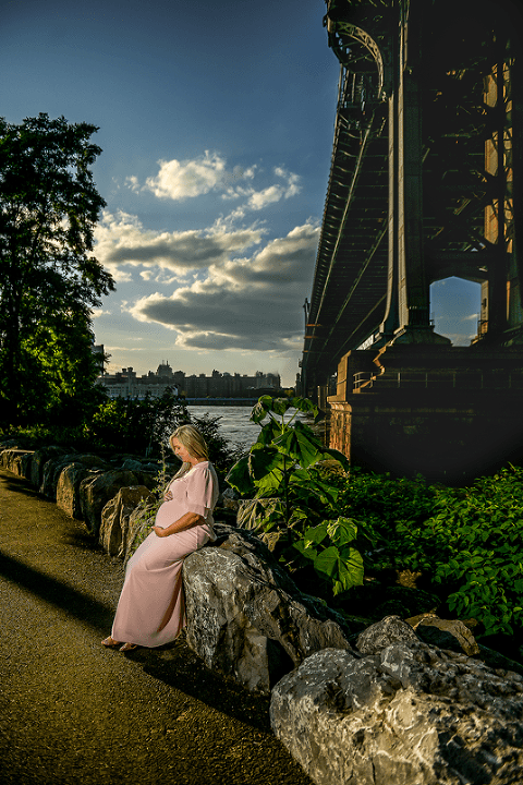outdoor maternity photoshoot nyc
