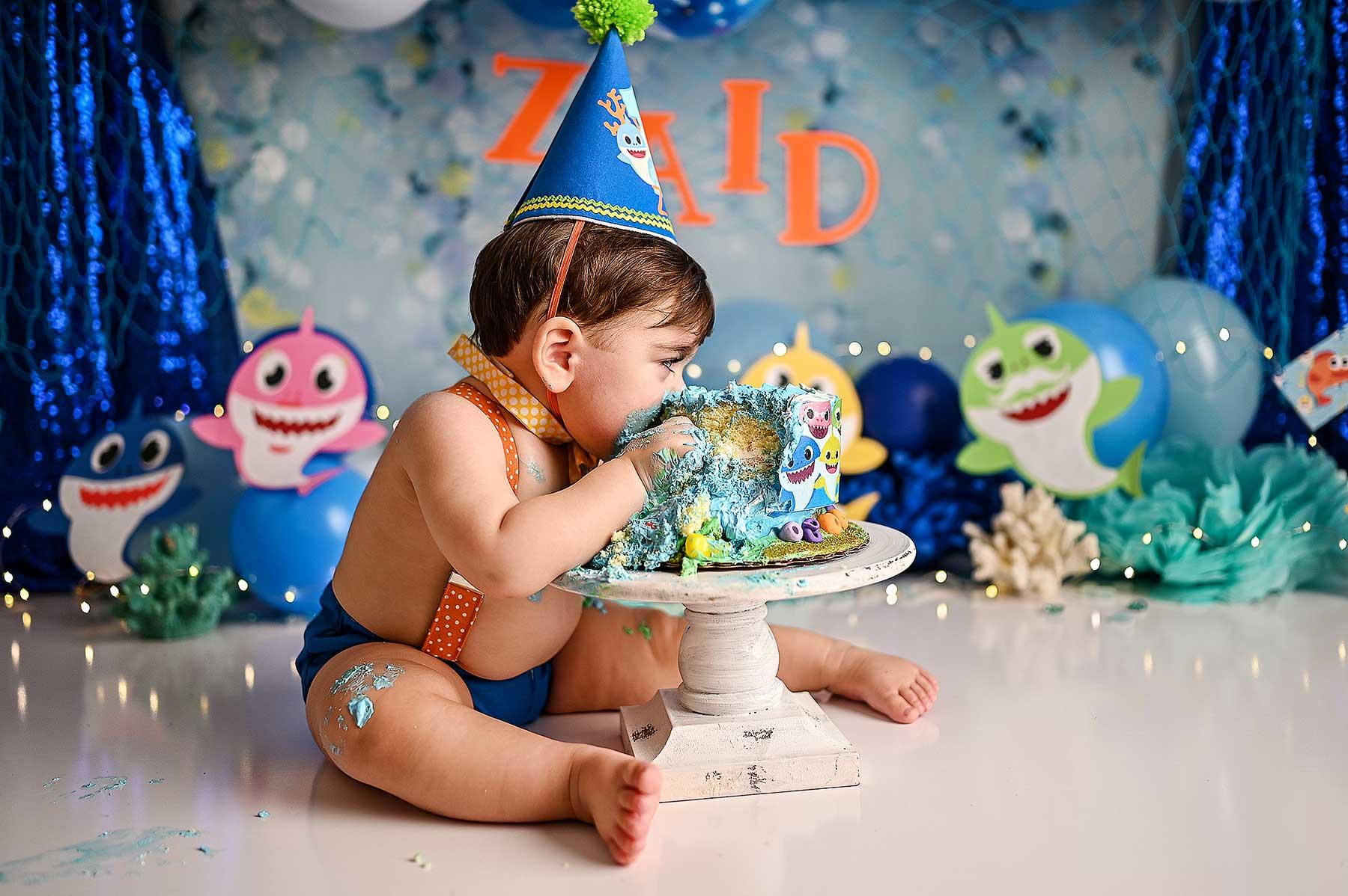 best cake smash nyc portrait photographer nyc baby shark pre-cake smash